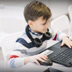 Niño frenteamplista googlea a los Lacalle Ponce De León